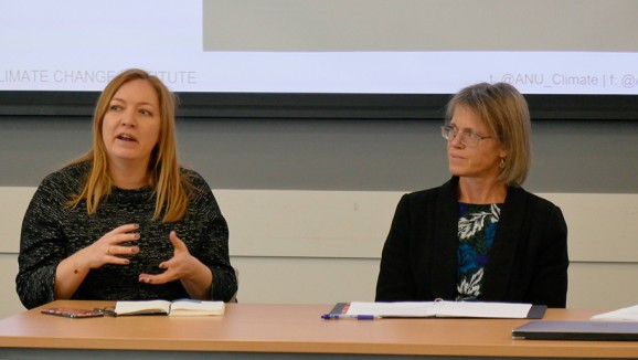Jo Evans (Department of the Environment and Energy) and Emma Herd (Investor Group on Climate Change) speaking at a Climate Change Institute seminar