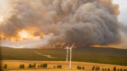 Bushfire approaching wind turbines