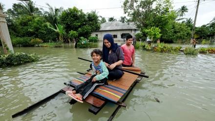 Flood in Malaysia_shutterstock and Laboo Studio